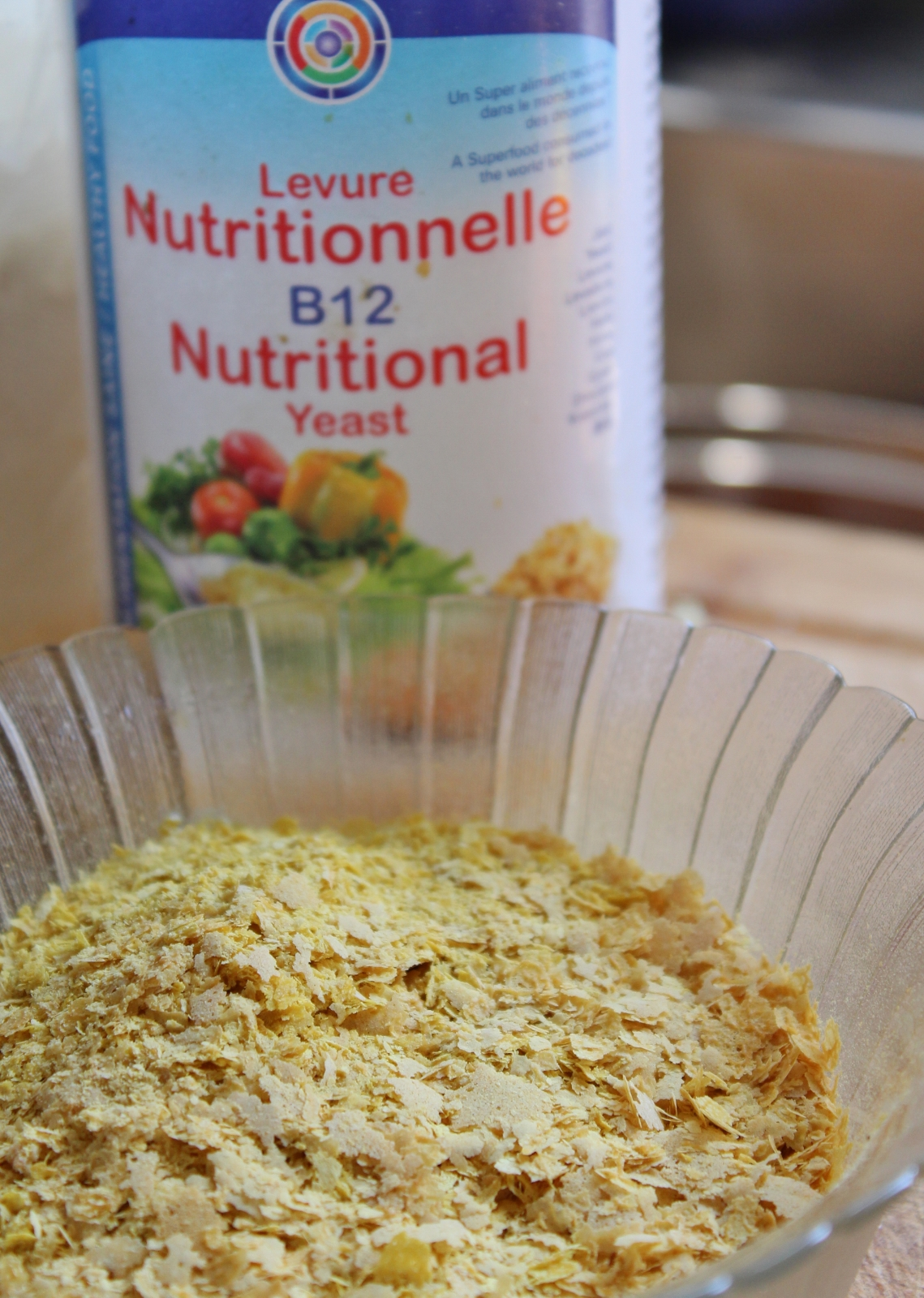Levure nutritionnelle nutritional yeast vegan (1139x1600)