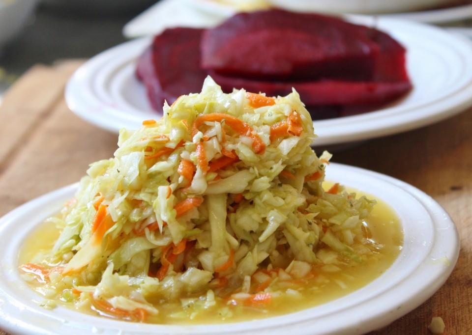 salade de chou betteraves bailey vegan 2 (1400x995)
