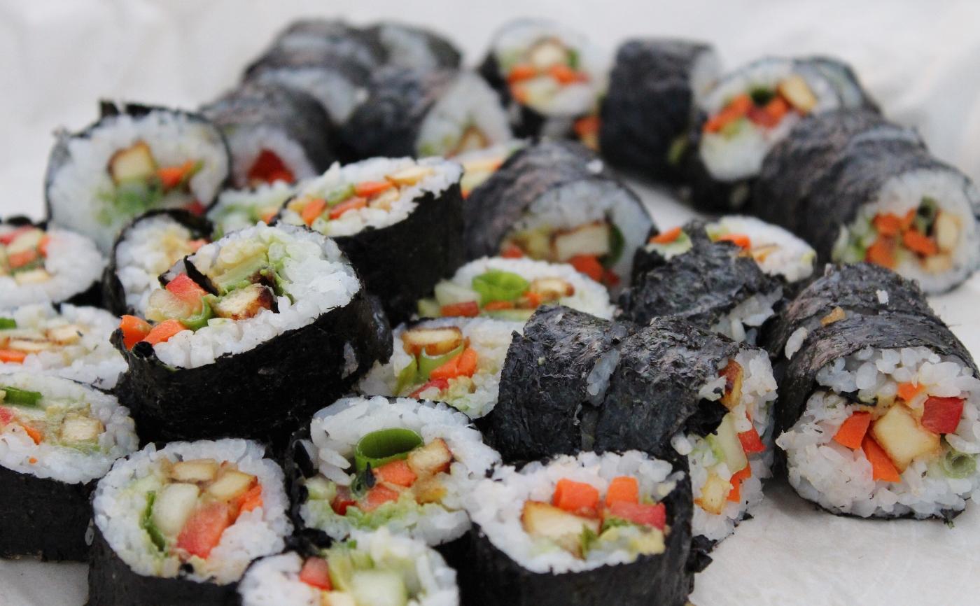 vegan sushi vege (1400x866)